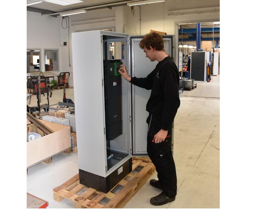 Turnkey løsning med el-motor, frekvensomformer, installation og indkøring.